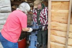 Holzmachen fürs Zeltlager